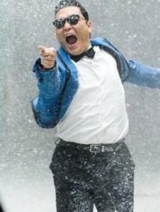 PSY canta Gangnam Style